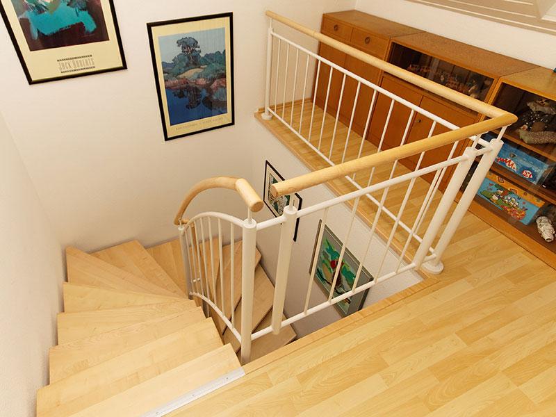renovierung und umbau masstreppen trautmann. Black Bedroom Furniture Sets. Home Design Ideas